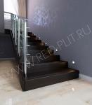 Рельефная противоскользящая Ступень из керамогранита Коллекция Wood Ego черный для внешнего крыльца и лестниц в загородный дом