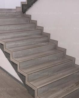 Лестница из керамогранита Serpegiante